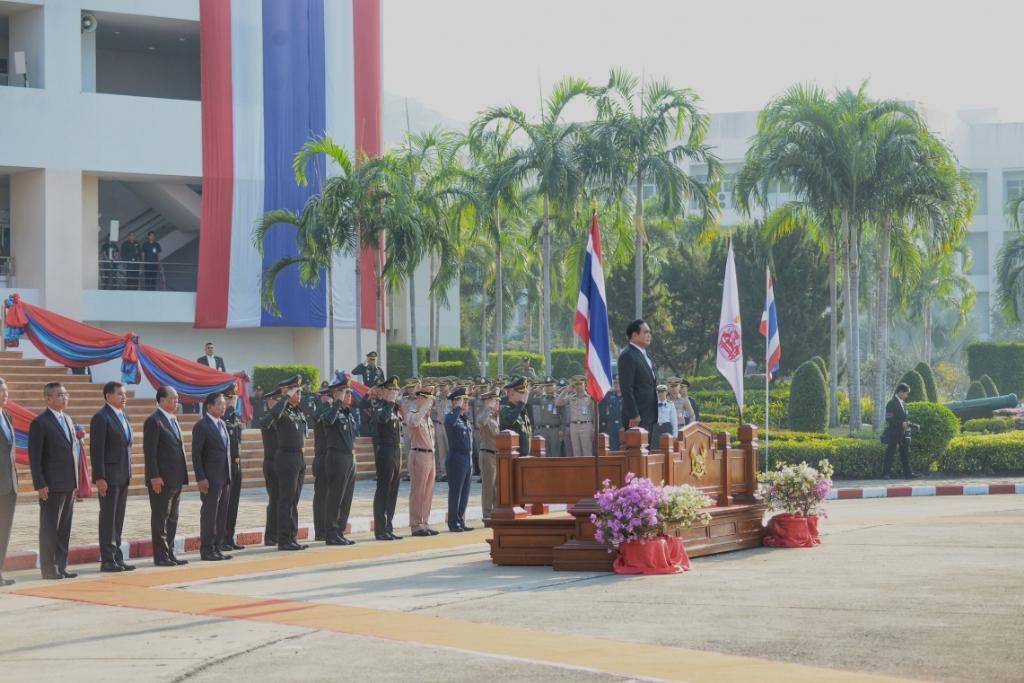 นายกฯร่วมงานสถาปนาเตรียมทหาร 61 ปีขอร่วมมือรัฐบาลไปสู่ปชต.ยังอุบอนาคต