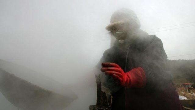 """เกาหลีใต้ทดลองทำฝนเทียมเหนือ """"ทะเลเหลือง"""" ต้านมลพิษจากจีน"""
