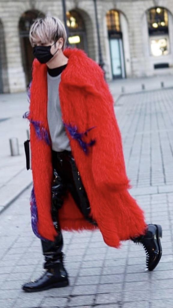 """""""ก้อง-กฤษฏิ์"""" โต้ลมหนาวแบบจัดเต็ม! ประหนึ่งนายแบบปารีส แฟชั่น วีก"""
