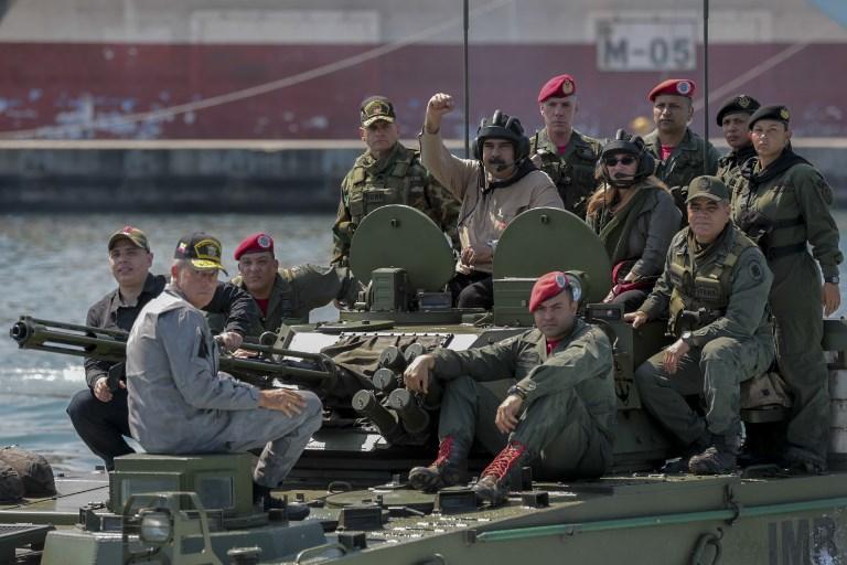 หัวหน้าฝ่ายค้านเวเนฯนัดชุมนุมใหญ่ 2วัน โน้มน้าวกองทัพให้เข้าข้าง  พร้อมขออังกฤษขวาง'มาดูโร'เบิกทองคำสำรอง