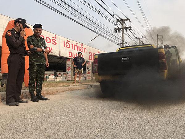 ฟันธง! กระบะซิ่งตัวปล่อยฝุ่น PM 2.5 ขณะผู้ว่านครปฐม สั่งปิด รร.แล้ว