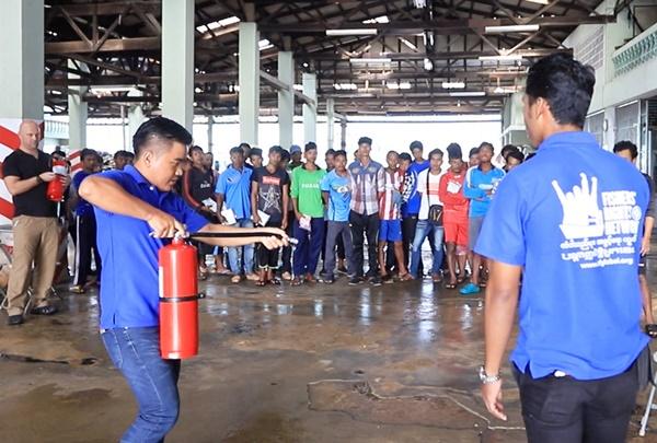 ไทยยูเนี่ยนจับมือสมาพันธ์แรงงานฯ จัดอบรมอาชีวอนามัยและความปลอดภัยในประเทศไทย