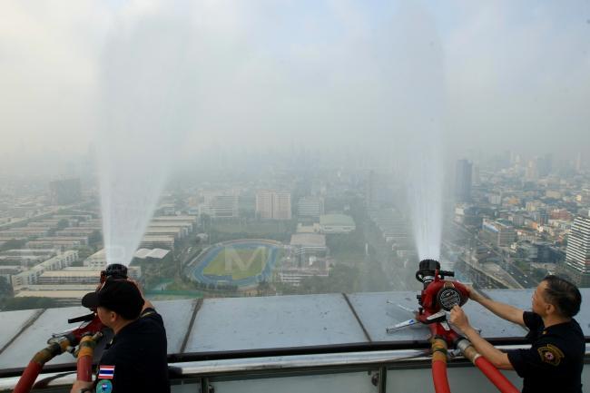 ส่องมาตรการแก้ฝุ่น PM2.5 ต่างประเทศ แบบไหนไทยควรเอาอย่าง