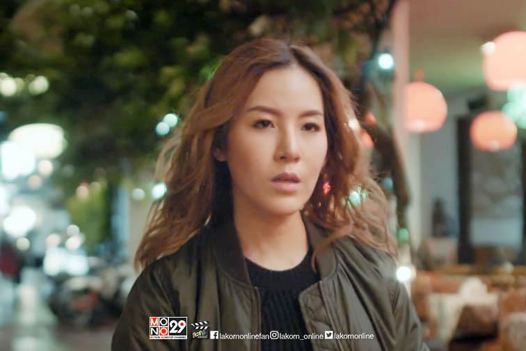 """MV """"คนที่ฉันรอ"""" จากซีรีส์ """"รสรินล่าแวมไพร์"""""""