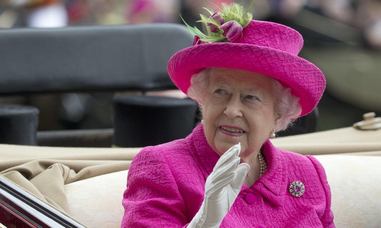 สื่อผู้ดีเผยรัฐบาลมีแผนอพยพราชวงศ์ หากวิกฤตเบร็กซิตทำลอนดอนจลาจล