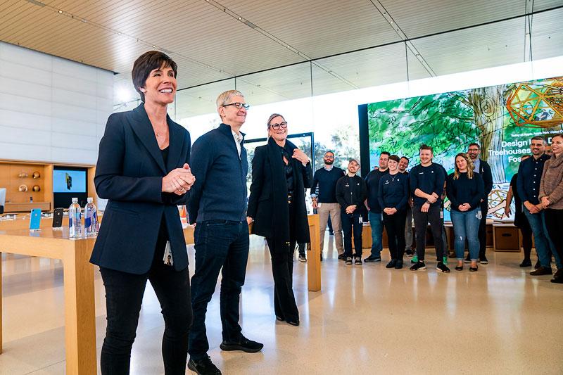 Apple ตั้ง Deirdre O'Brien ควบตำแหน่งรองประธานอาวุโสฝ่าย Retail + People แทน Angela Ahrendts