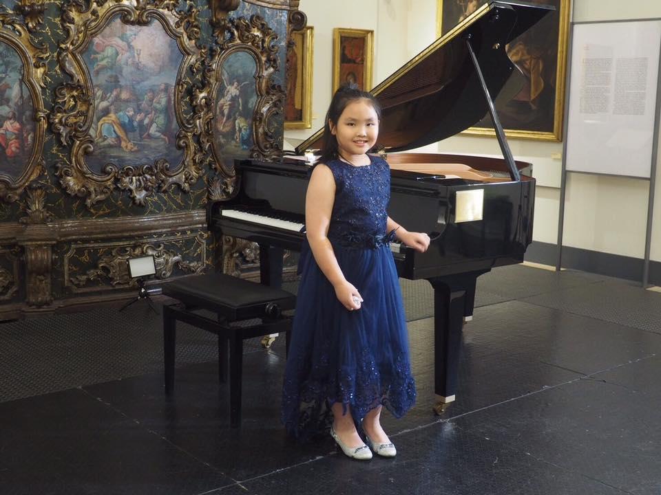 น้องซินเซีย - น้องไมตี้  นักเปียโนรุ่นเยาว์ ร.ร.นานาชาติรีเจ้นท์กรุงเทพฯ คว้ารางวัลที่ 3 จากการแสดงเปียโนในเวทีระดับโลก