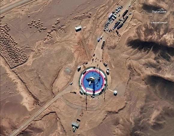 """In Clips: ภาพถ่ายดาวเทียมชี้ชัด อิหร่านแอบยิง """"ดาวเทียม"""" ขึ้นฟ้า ถึงแม้วอชิงตันอ้างโครงการอวกาศเตหะรานเพื่อพัฒนาขีปนาวุธ"""