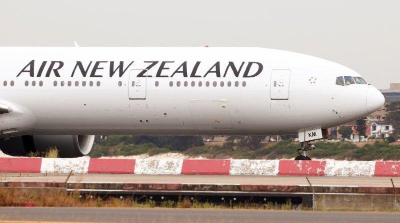เที่ยวบินจากนิวซีแลนด์ไปจีน ถูกบังคับให้เลี้ยวกลับภายหลังเดินทางมา 5 ชั่วโมง  เพราะไม่ได้รับอนุญาตให้ลงจอด