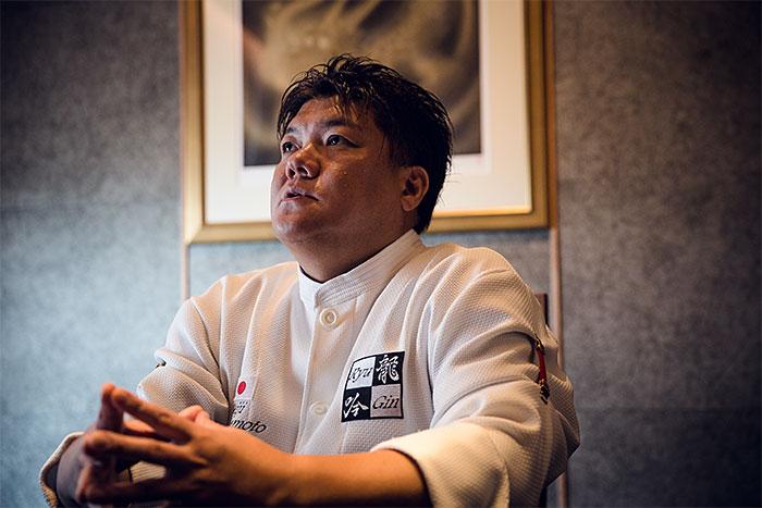 """""""เซอิจิ ยามาโมโตะ"""" เชฟชาวญี่ปุ่นคนแรกที่คว้ารางวัลอเมริกัน เอ็กซ์เพรส ไอคอน อวอร์ด"""