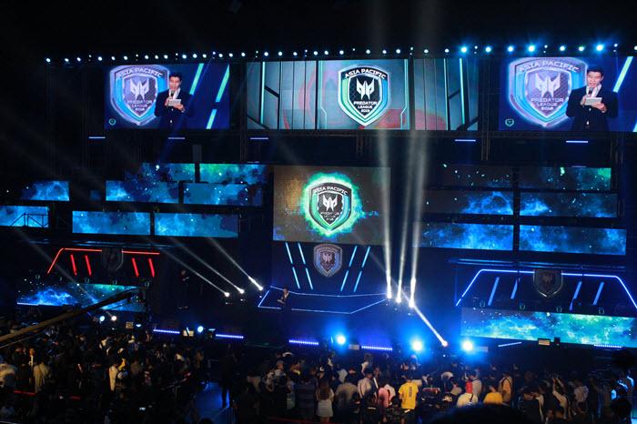 """Predator League 2019"" ระเบิดศึกอีสปอร์ตระดับเอเชีย BNK48 ร่วมเปิดสนาม!"