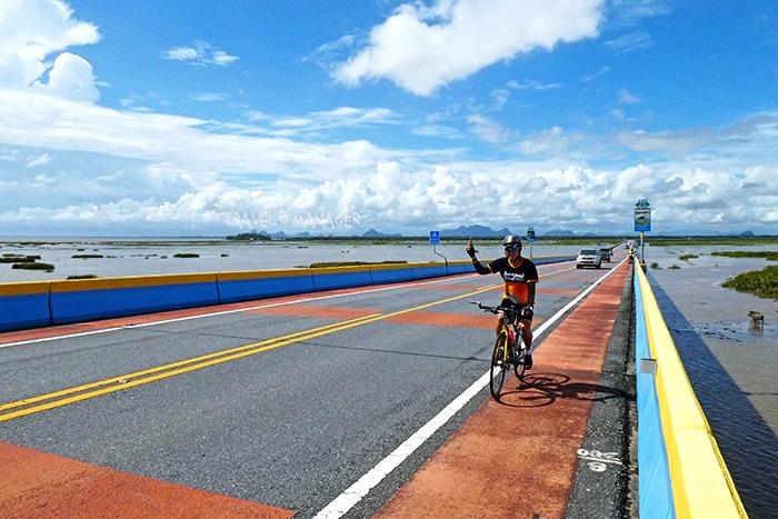 สะพานเฉลิมพระเกียรติ 80 พรรษา เชื่อม 2 จังหวัด ผ่าน 2 ทะเล