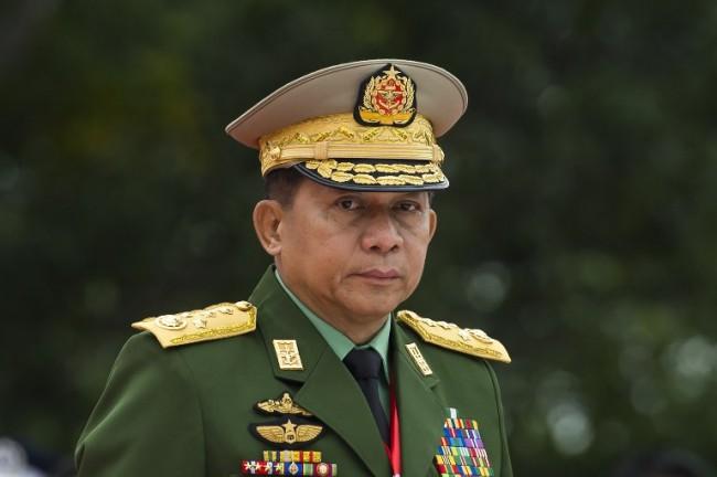 ผบ.สส.พม่าปฏิเสธไล่สังหารโรฮิงญาอย่างเป็นระบบ ชี้เป็นข้อกล่าวหาดูหมิ่นชาติ