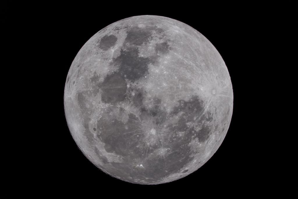 ถ่ายภาพดวงจันทร์วัน Super Full Moon อย่างไรให้ได้ภาพ HD