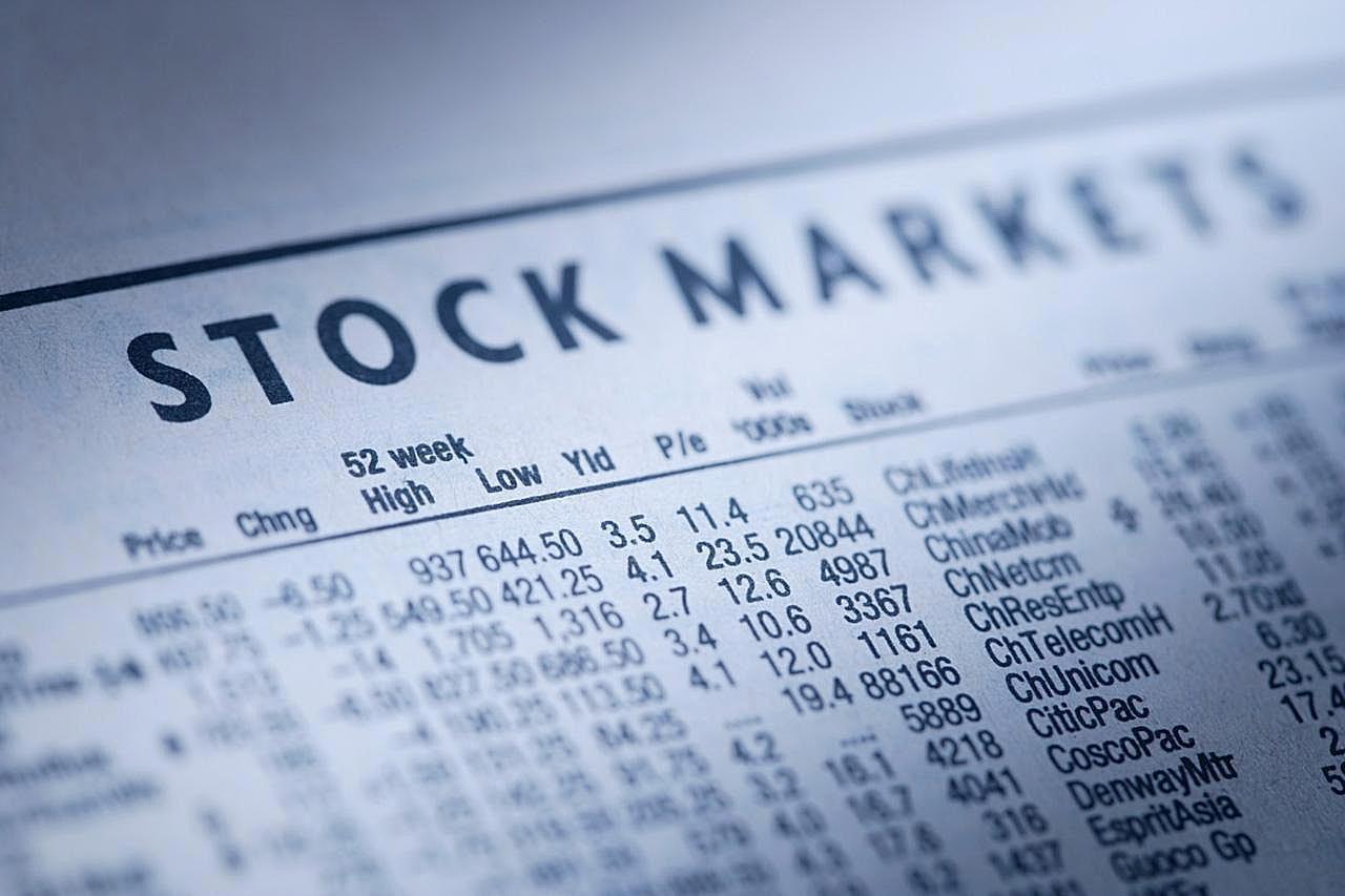 โบรกฯ คาดแรงขายต่างชาติยังกดดัน SET Index แนะชะลอลงทุน ถือเงินสดเพิ่ม 20%