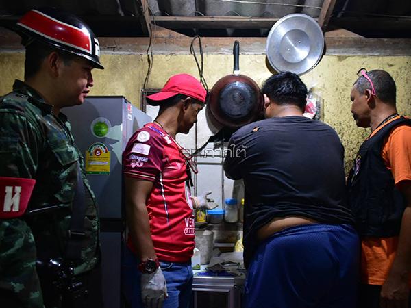 ทหาร-ตชด.พัทลุงบุกจับแก๊งค้ายาเสพติด ยึดบ้ากว่า 3 หมื่นเม็ด พร้อมปืน 2 กระบอก