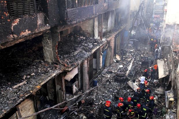 เพลิงนรกย่างสด80ชีวิตที่กรุงธากา คาดยอดเพิ่ม-ชี้กม.บังกลาเทศหย่อนยาน