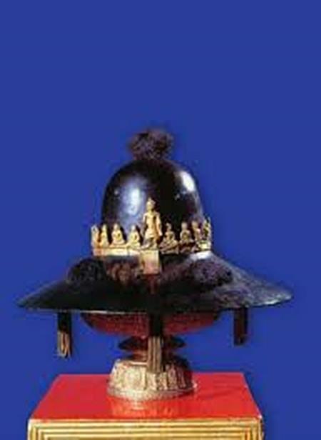 พระมาลาเบี่ยง พระแสงดาบคาบค่าย ผ่านกรุงศรีอยุธยาแตก มาสู่บรมราชาภิเษกกรุงรัตนโกสินทร์ได้อย่างไร!!!