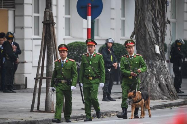 นักเคลื่อนไหวเวียดนามถูกจับตาใกล้ชิดตำรวจจำกัดความเคลื่อนไหวช่วงซัมมิต