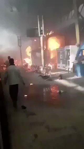 สยอง!!หัวจักรพุ่งชนสถานีในอียิปต์ ระเบิดตูมสนั่นไฟลุกท่วมคร่า25ศพ หนีตายอลหม่าน(ชมคลิป)