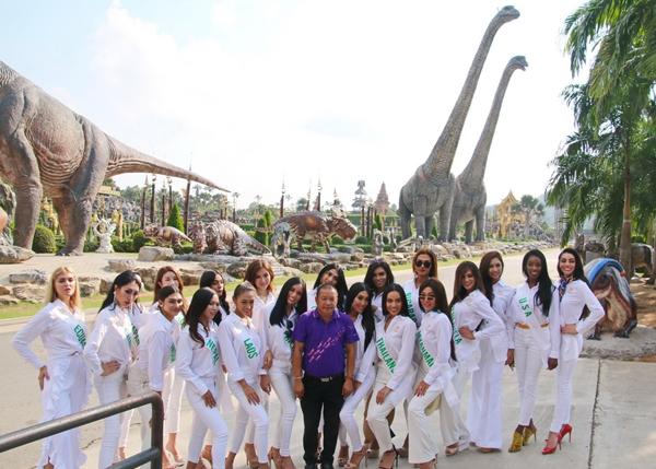 สาว 2 สวยระดับนางฟ้าจาก 20 ประเทศ ร่วมเก็บตัวและถ่ายวีทีอาร์ ที่สวนนงนุชพัทยา