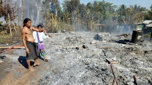 เผยนาทีระทึก!ไฟไหม้ห้องครัว ลามเผาบ้านพักผู้หนีภัยสงครามบ้านนุโพ วอด 107 หลัง