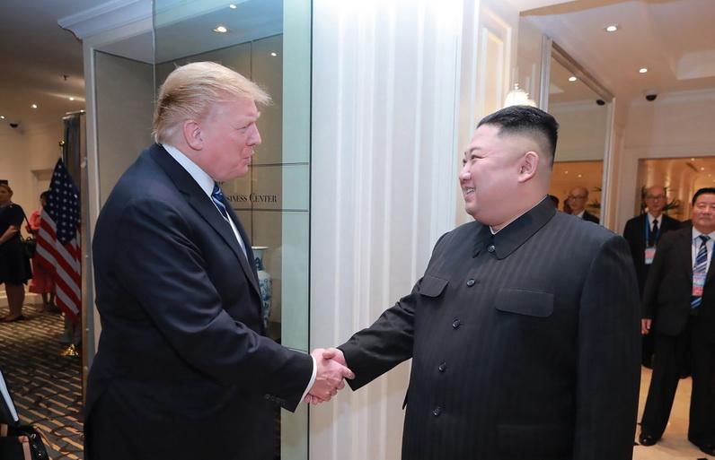 'ทรัมป์' ยันยุติซ้อมรบกับเกาหลีใต้ไม่ใช่การอ่อนข้อให้ 'คิม'