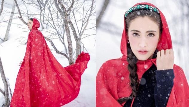 """""""ศรีริต้า"""" แอ๊บใส อวดลุคหนูน้อยหมวกแดงกลางหิมะ"""