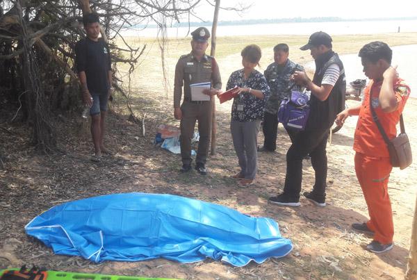 """สังเวยร้อนสลด! 4 เด็กหญิงเมืองช้างเล่นน้ำ""""เขื่อนอำปึล""""คลายร้อน จมดับ 1 ศพ ตายายร่ำไห้"""