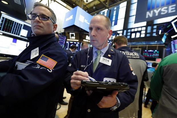 น้ำมันขึ้นน้อย ทองลง,หุ้นสหรัฐฯดิ่งแรงหลังอีซีบีปรับลดคาดการณ์เศรษฐกิจยูโรโซน