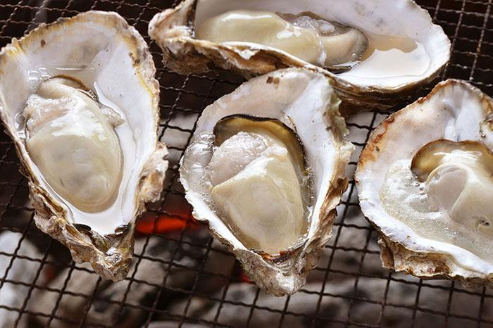 หอยนางรมตัวอวบ (ภาพ : JNTO)