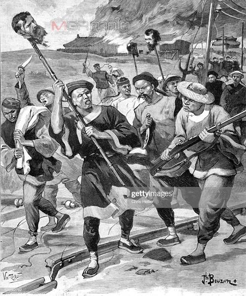 ภาพประวัติศาสตร์อีกภาพหนึ่งที่สะท้อนความขัดแย้งทางวัฒนธรรมในแผ่นดินจีนช่วงต่อต้านตะวันตก บาทหลวงและมิชชันนารี