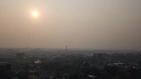 หนักอีกรอบ!เชียงใหม่หมอกควันทึบ-ฝุ่นPM2.5พุ่งพบจุดความร้อนฝ่าฝืนเผาทั่วภาคเหนือเกือบ1,400จุด