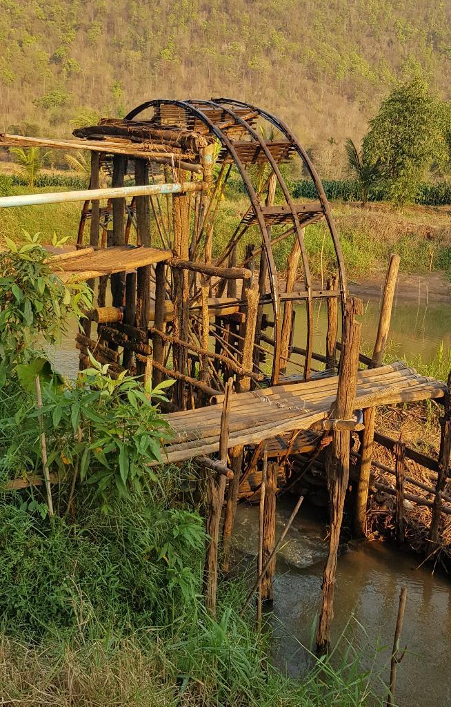 พัดทดน้ำในลำน้ำหมั่น บ้านนาหมูม่น