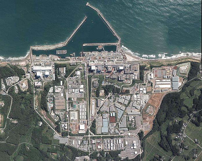 แผนผังโรงไฟฟ้าพลังนิวเคลียร์ฟูกูชิมะไดอิจิ (ที่มา : http://w3land.mlit.go.jp/WebGIS/)
