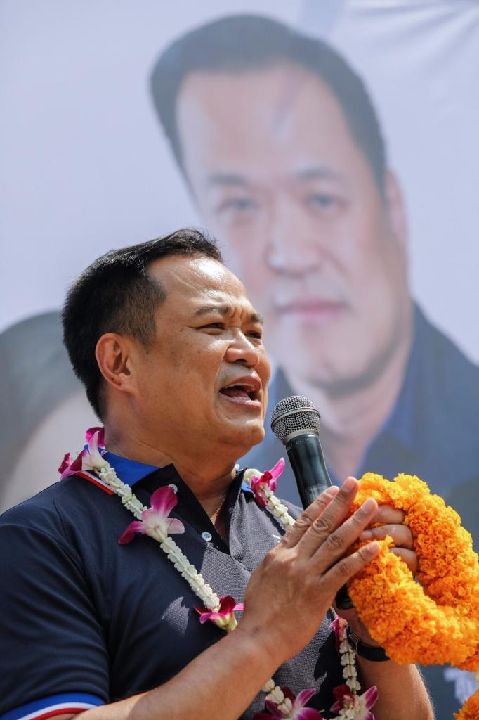 """""""อนุทิน""""โพสต์ 10 ข้อ(คิด) ก่อนใช้สิทธิเลือกตั้ง ชี้ประเทศไทย ไม่ใช่สังเวียนให้ใครต่อสู้กัน หลังชาติบอบช้ำมากแล้ว เผย 24มีค.ตัดสินใจผิดชีวิตติดหนี้เลือกภท.มีเงินใช้ไร้ความขัดแย้งบ้านเมืองสงบ"""