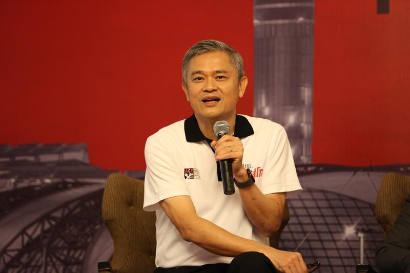 ดร.มานะ นิมิตรมงคล เลขาธิการองค์กรต่อต้านคอร์รัปชัน (ประเทศไทย)