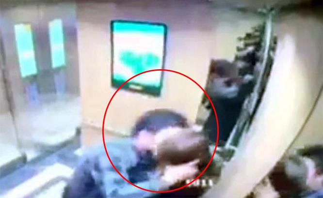 ชาวเน็ตเวียดนามเดือดหนุ่มจิตทรามปล้นจูบสาวถูกปรับแค่ $8 ร้องแก้กฎหมาย