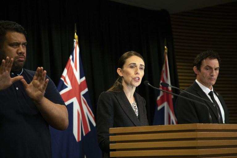 นิวซีแลนด์ออกคำสั่งแบน 'ปืนไรเฟิลจู่โจม' มีผลทันที-ปลุกกระแสเรียกร้อง 'ควบคุมปืน' ในสหรัฐฯ