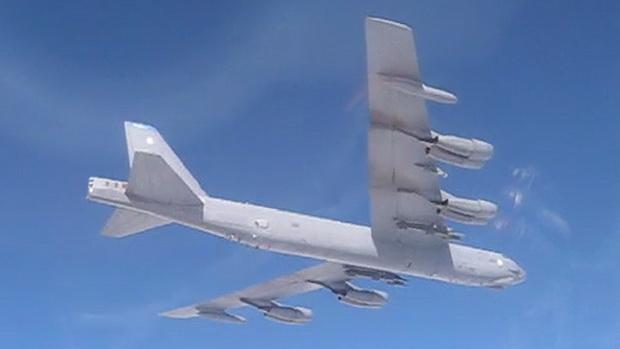 รัสเซียแพร่คลิปแฉ!สหรัฐฯส่งฝูงบินทิ้งระเบิดติดนิวเคลียร์ป้วนเปี้ยนชายแดน(ชมวิดีโอ)