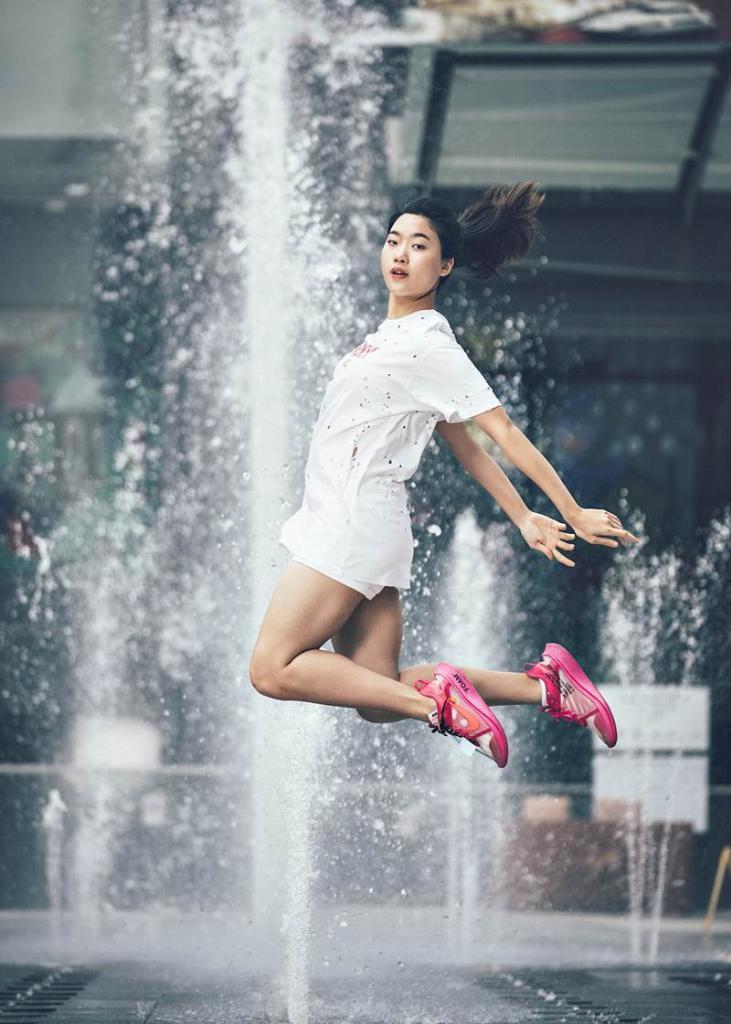 ผลงานภาพถ่ายในนิทรรศการ  Koone Photo Exhibition in Bangkok