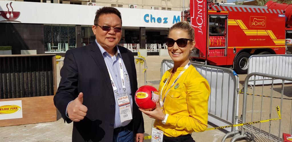 """นวัตกรรมดับเพลิงใหม่โดยคนไทย """"ลูกบอลดับเพลิง""""พร้อมเป็นตัวช่วยป้องกันอัคคีภัยในช่วงฤดูร้อน ด้วยคุณสมบัติ  ประหยัด คุ้มค่า ไม่ยุ่งยาก"""