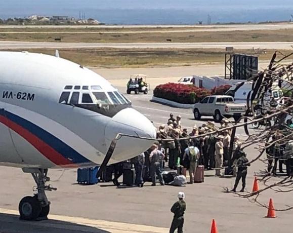 "In Clips :เครื่องบินกองทัพรัสเซีย 2 ลำถูกส่งเข้า ""เวเนซุเอลา""  พร้อมทหาร 100 นายและอุปกรณ์หนัก 35 ตัน"