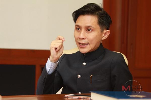 """""""ปานเทพ"""" คาด """"ภูมิใจไทย"""" เข้าขั้ว """"พปชร.""""แต่ไร้เสถียรภาพ ส่อแววต้องใช้นายกฯคนกลางตั้งรัฐบาลแห่งชาติ"""