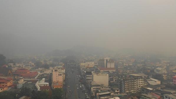 เผาไม่หยุดทั้งไทย ทั้งพม่า..ฝุ่นพิษคลุมแม่สาย-ท่าขี้เหล็กต่อเนื่องยาวนาน