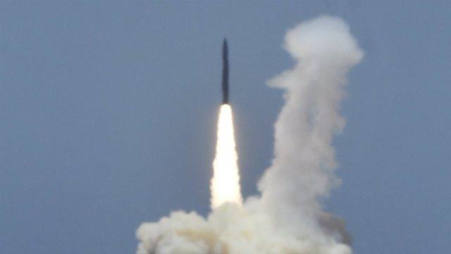 """สหรัฐฯ โวทดสอบ """"ระบบต้านขีปนาวุธข้ามทวีป"""" ประสบความสำเร็จ"""