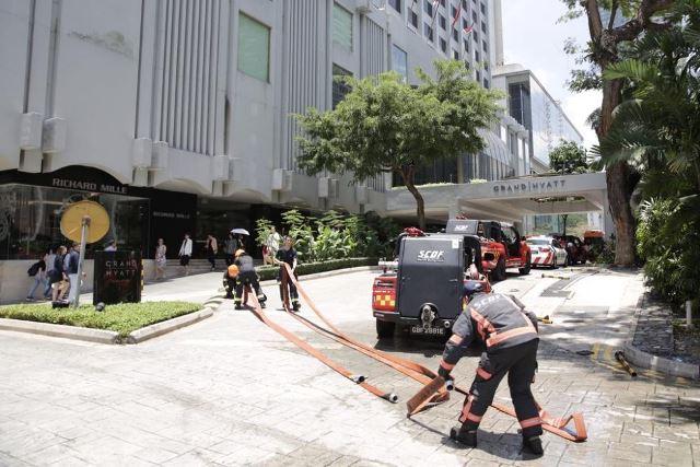ไฟไหม้โรงแรมหรูสิงคโปร์ แขกหนีตาย 500 คน ไร้คนเจ็บ