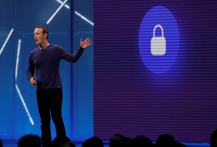บิ๊กบอส 'เฟซบุ๊ก' เรียกร้อง ให้รัฐบาลเข้ามีบทบาทแข็งขัน จัดระเบียบ'อินเทอร์เน็ต'