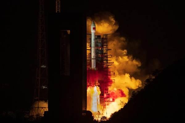 จีนได้ส่งยานอวกาศ เทียนเลี่ยน  II-01 ขึ้นสู่อวกาศเมื่อเวลา 23.51 น. ของวันที่ 31 มี.ค.2019  โดยจรวดขนส่งลองมาร์ช 3 บี (Long March 3B) นำพาขึ้นไปจากสถานีส่งดาวเทียมซีชัง มณฑลเสฉวน  (ภาพโดยซินหวา)