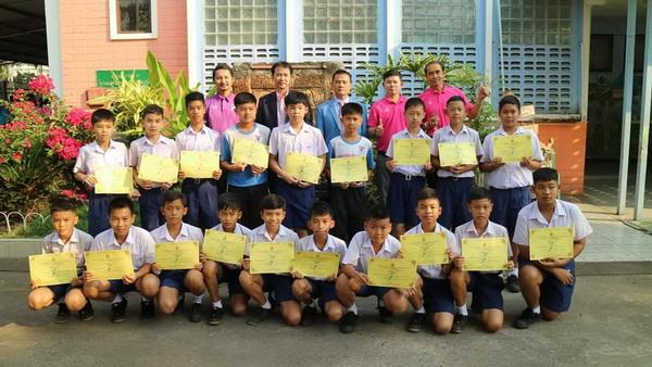 ส่วนหนึ่งของเด็กนักเรียนอนุบาลขอนแก่น ที่สอบโอเน็ตได้เต็ม 100 คะแนน คณิตฯ-อังกฤษ